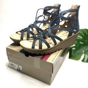 Lace Up Terrace Navy Wedge Nib